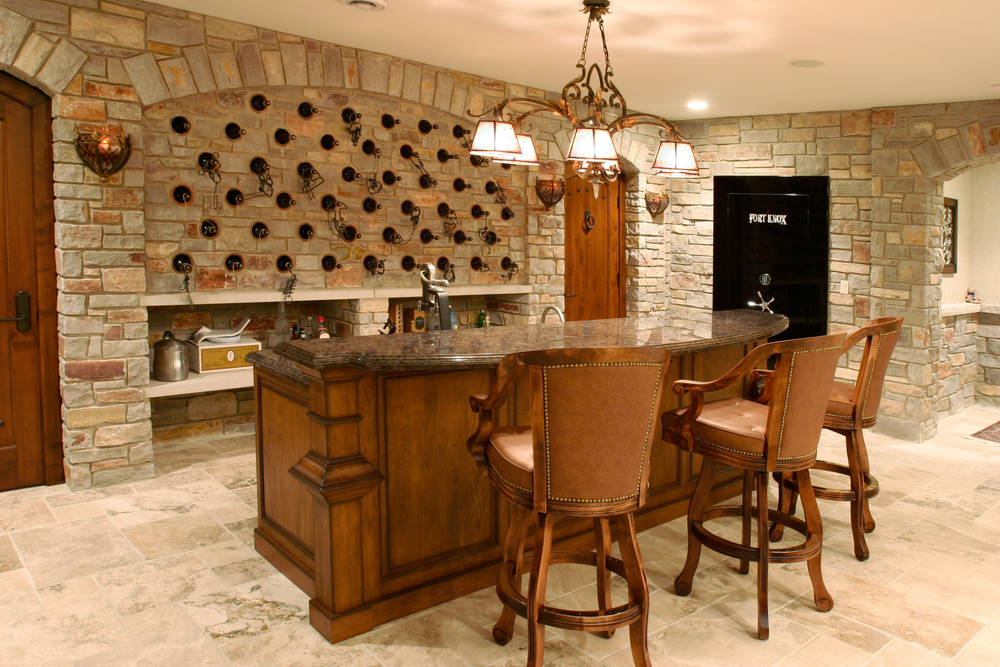 luxury-home-bar